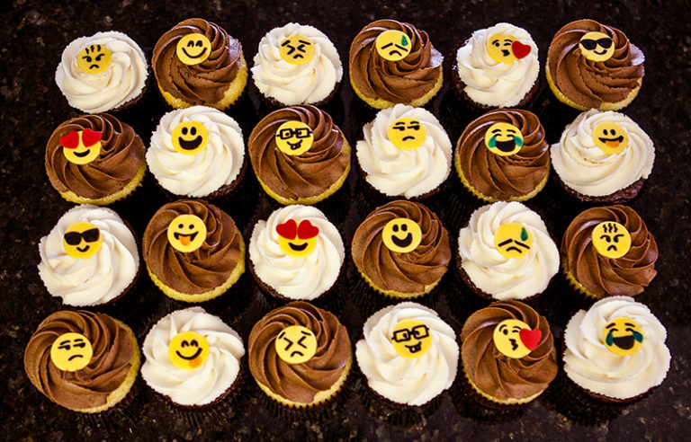 Cupcakes Emojis (3)