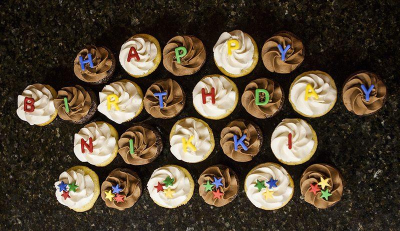 Cupcakes Happy Birthday (5)